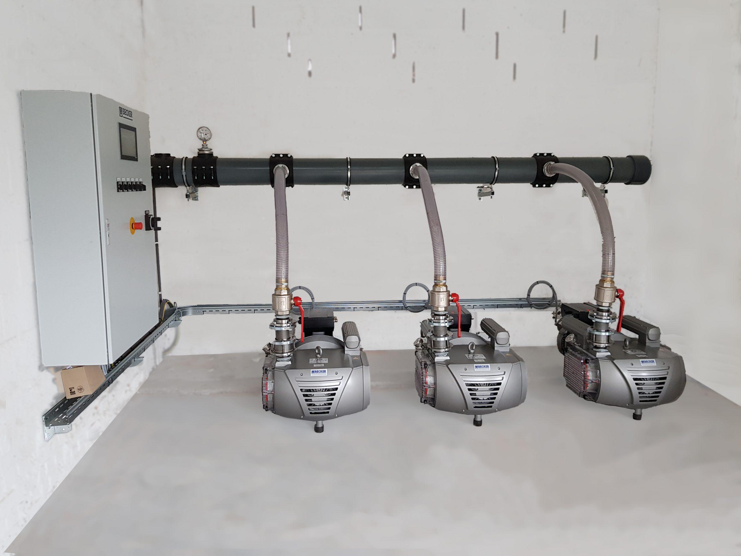 Besparende vacuümvoorziening voor meerdere CNC-machines